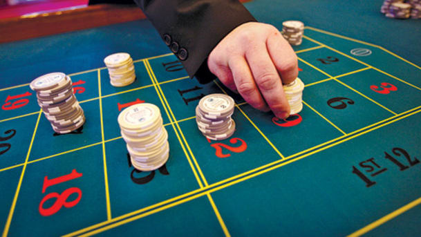 Ten Inventive Ways You Can Improve Your Online Casino